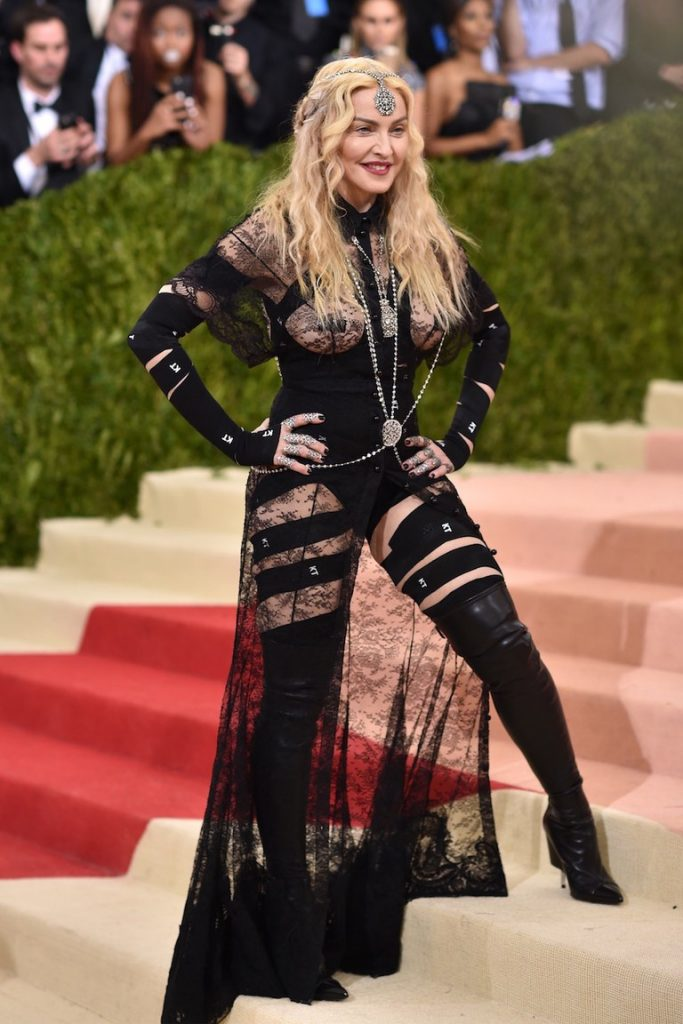 madonna-met-gala-outfit
