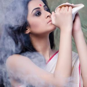 Durga puja makeup