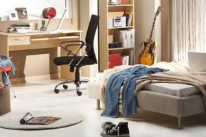 How to Clean a Messed up Bedroom in 5 Minutes