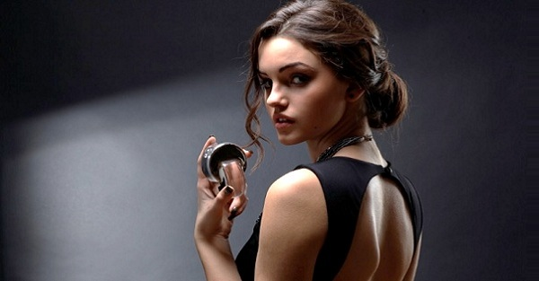 5 Incredibly Long Lasting Perfumes for Women
